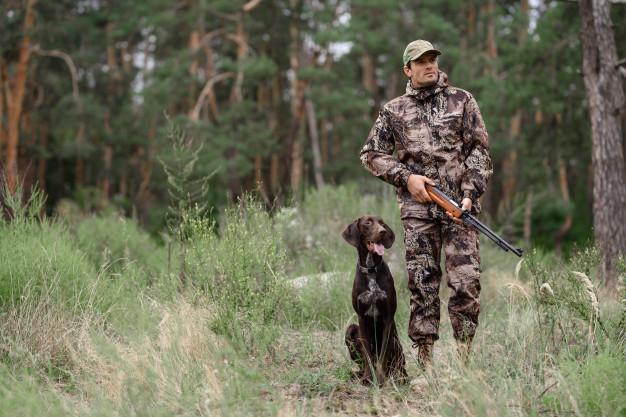 jæger med jagthund